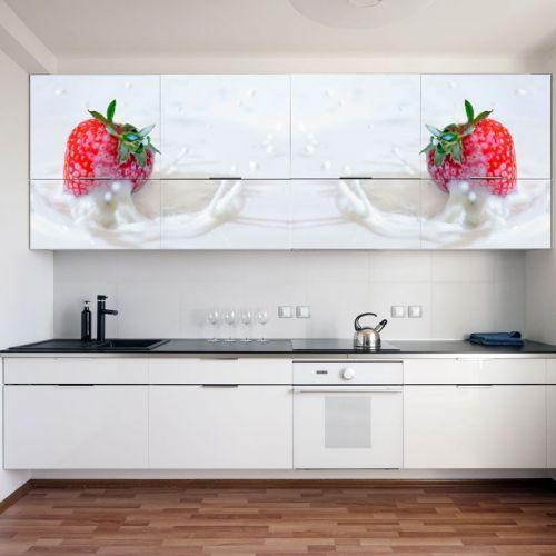 Simulacion mural fresas en leche